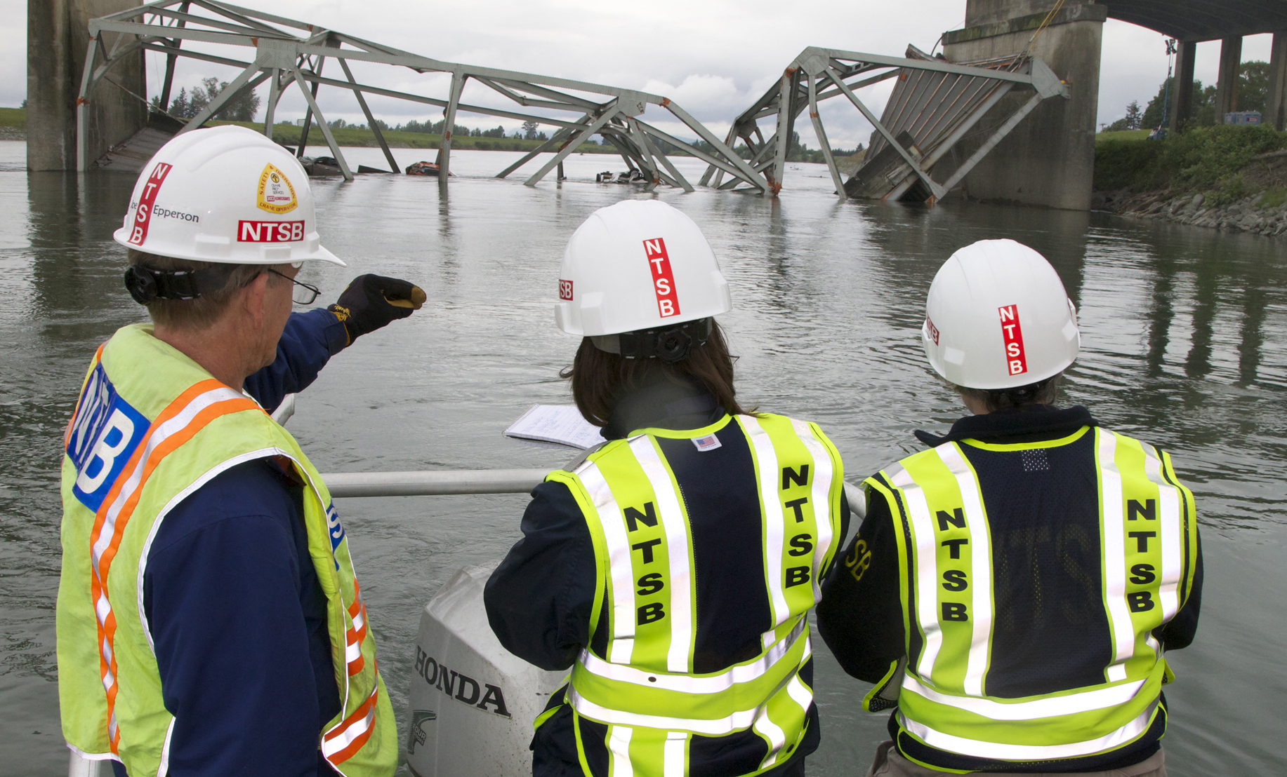 More details in Washington state bridge collapse