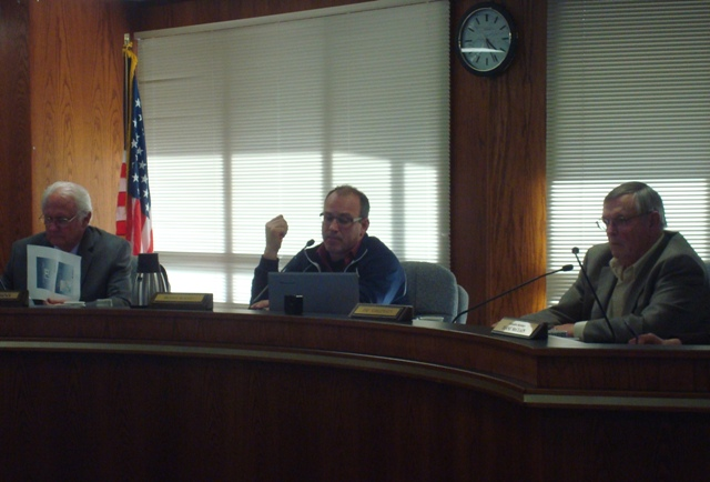 Port moves forward with waterfront contract