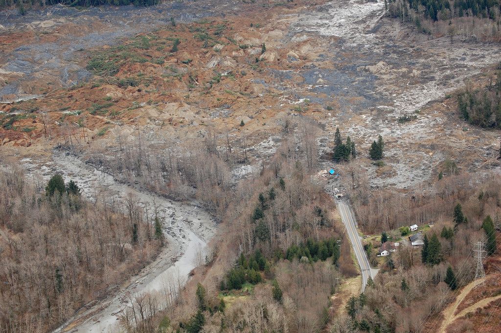 County weighed buying up homes in mudslide area