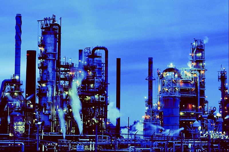 Senators push oil train regulations