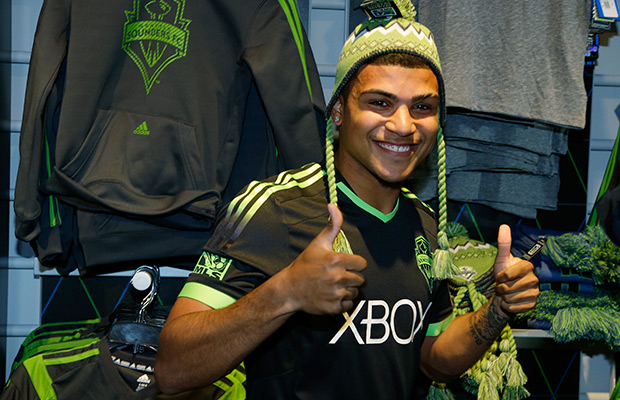 DeAndre Yedlin hopes for Super Bowl bet to be paid up