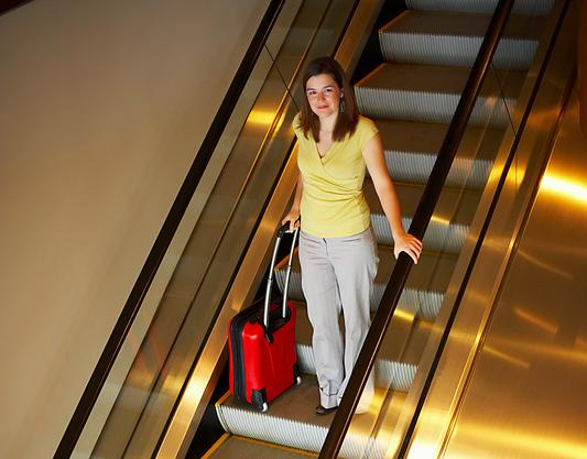Sea-Tac shows problem with escalator accidents