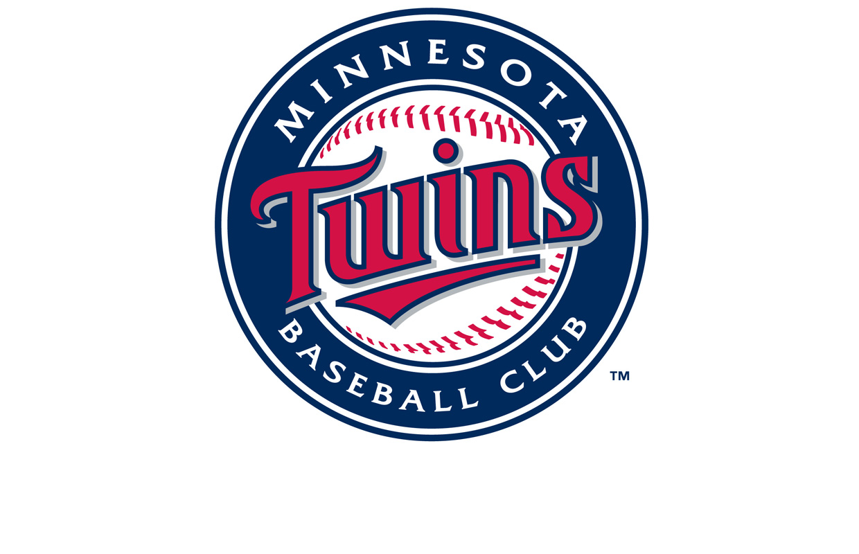 Pino gets 1st major league win for Twins