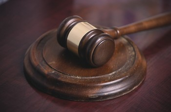 court mallot