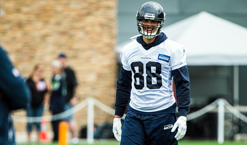 Seahawks activate TE Jimmy Graham, another step in recovery