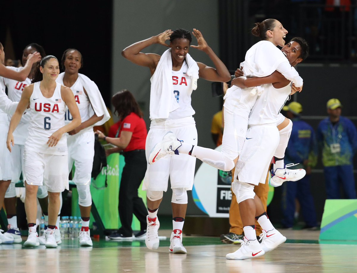 Women's basketball: U.S. wins 6th straight Olympic gold