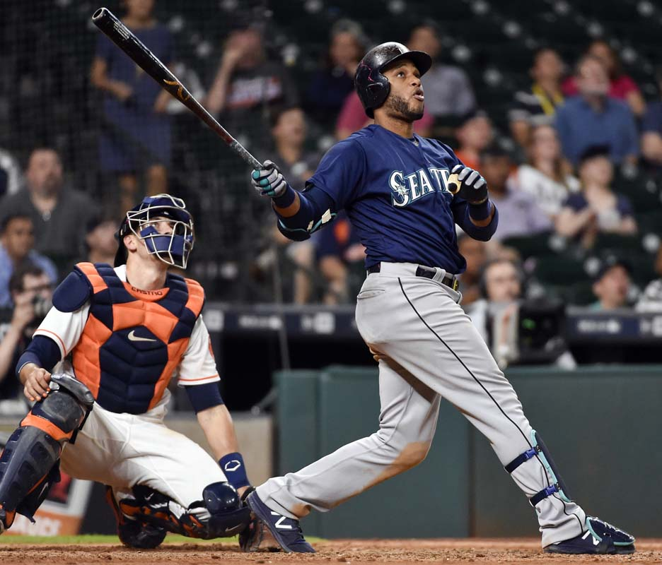 Cano's homers, Mariners top Astros 12-4, boost playoff hopes