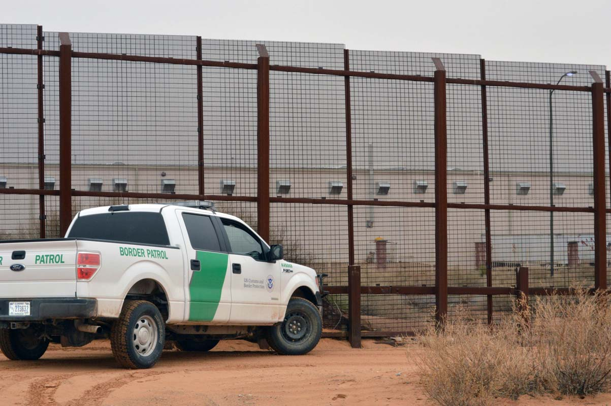 Trump budget goes big on border wall, short on agents