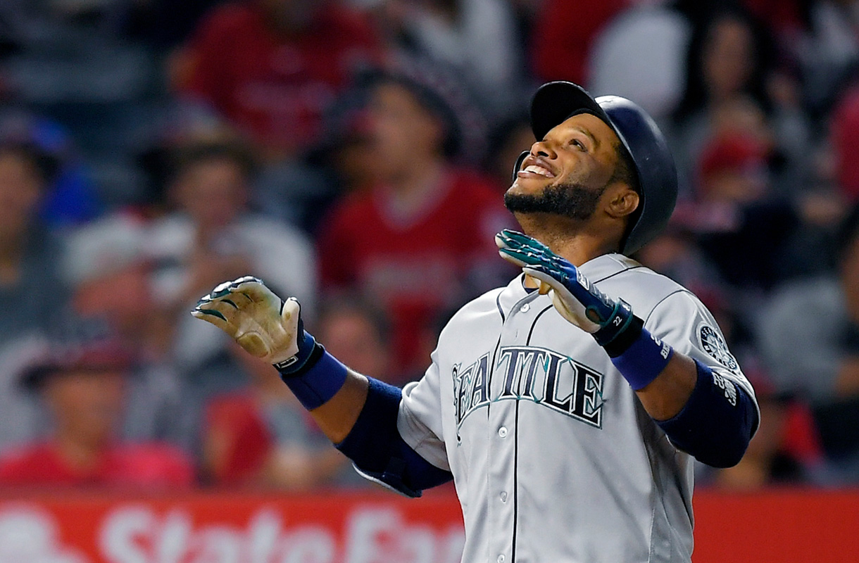 Mariners' Robinson Cano added to AL All-Star team
